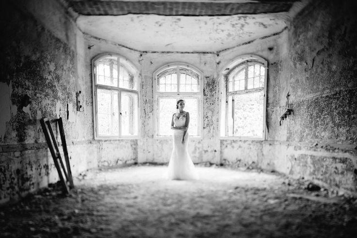 Einfach traumhaft diese #Kulisse. Ein schöner Brautshoot. Foto: Ben Kruse