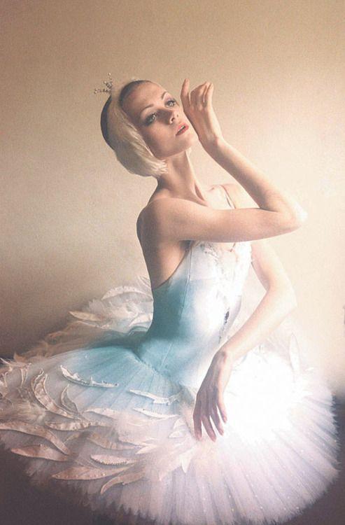 Ulyana Lopatkina, Mariinsky Theatre, Principal - Photographer ?