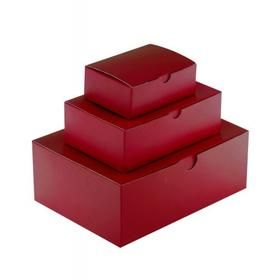 Small Large Gift Boxes with Lids in UK, Are you looking for small, medium or large gift boxes with lids in UK? Stopover and browse through our kraft, gloss and matt laminated boxes for gifts, https://www.carrierbaghut.co.uk/collections/gift-boxes