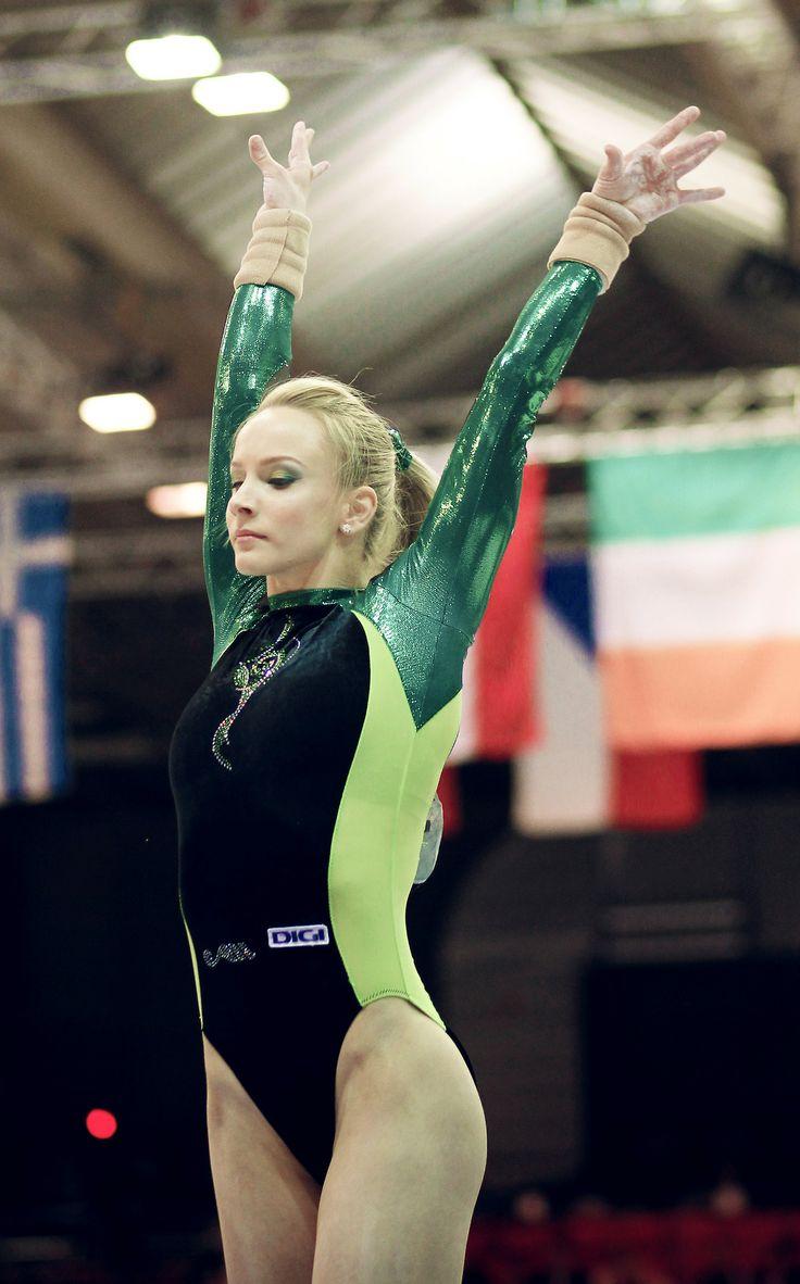 Sandra Raluca Izbasa: 2012 Euros Gold- Vault
