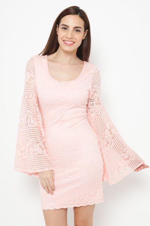 vestido-encaje-mangas-campana-2124_01