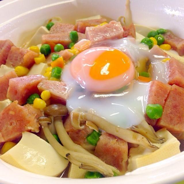 本日の職場DE自炊ランチ - 76件のもぐもぐ - 月見スパム豆腐 by manilalaki
