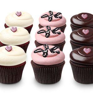 DC Cupcakes - Red Velvet Cupcakes with Vanilla Cream Cheese Frosting/Strawberry Lava Fudge Cupcakes (Strawberry Buttercream Frosting)