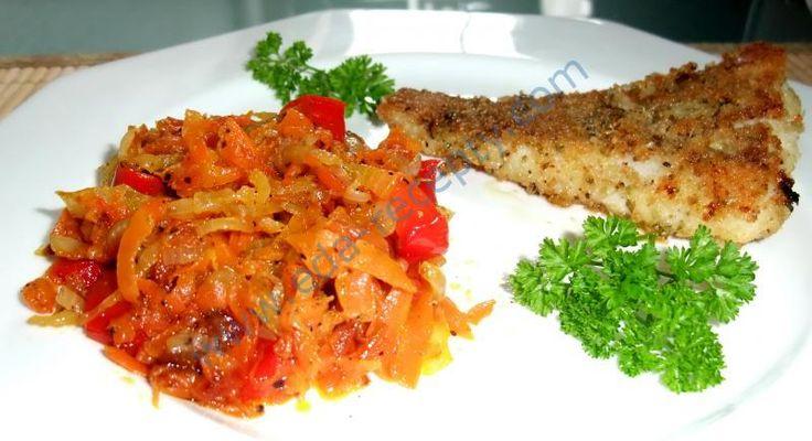 Жареная морковь с луком