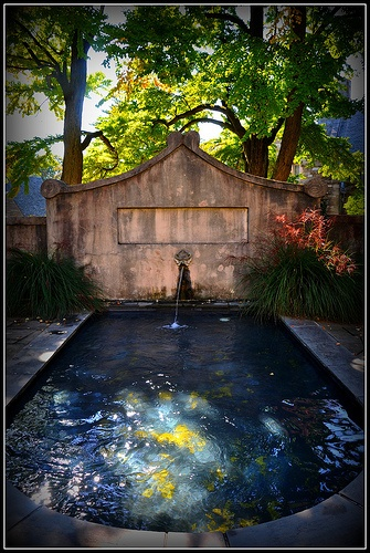 Bryn Mawr College Fountain by sfPhotocraft