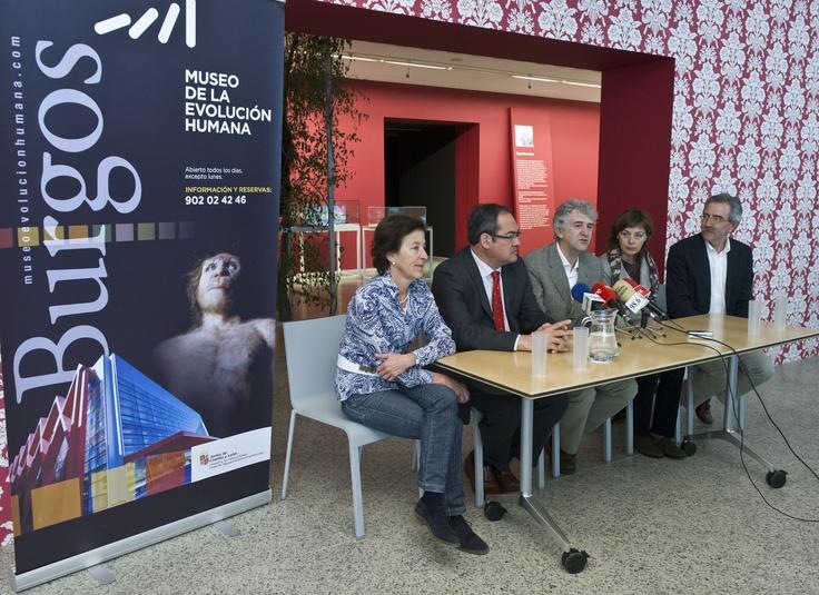 """Presentación de la exposición temporal """"Darwin según Darwin"""" en el Museo de la Evolución."""