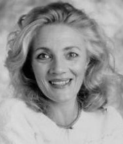 Shirley Stelfox (April 11, 1941 - December 7, 2015) British actress.