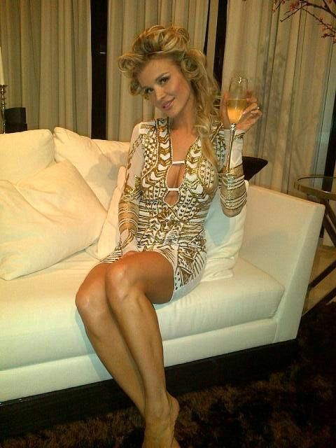 joanna krupa, that dress