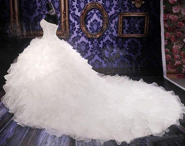 2016 Luxe perlée broderie robe de mariée Princesse Gown Cœur corset Organza cathédrale / église robe de bal Robes de mariée pas cher