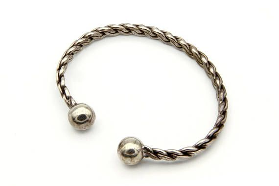 Sterling Twisted Cuff, Bracelet With Ball Ends, Adjustable Cuff Bangle, Woven Braided Cuff, 925 Silver Bracelet, Vintage Twisted Cable Cuff, Silver Ball Bracelet, Open Cuff Bracelet, Stacking Bangle, Minimalist Jewelry, Modern Cuff Bracelet, Everyday Jewelry, 925 Sterling Silver, Elegant Simple Jewelry, Mexican Sterling Cuff, Handmade Braided Cuff, Abstract Jewelry, Twist Bangle Bracelet, Geometric Art Deco Style, #8971541.2  Impressive avant-garde Vintage 1980s Twisted Cuff Sterling Silver…