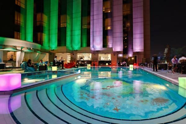 THE FAIRMONT HOTEL, DUBAI UAE | Real WoWz