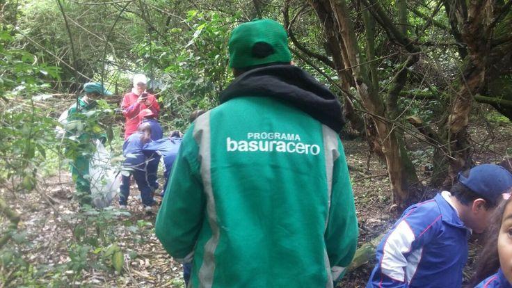 Celebrando la semana de la biodiversidad, Aguas de Bogotá junto a Jardín Botánico de Bogotá realizan jornada de sensibilización con estudiantes sobre mitigación de residuos solidos