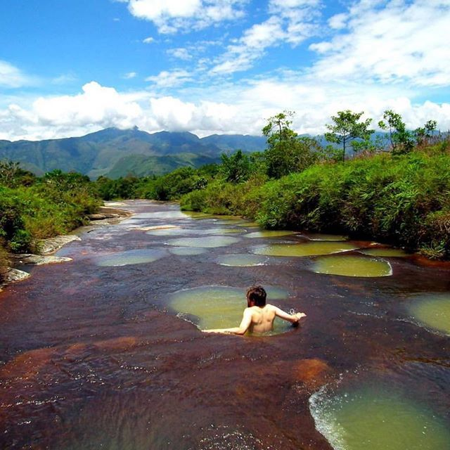 "The ""jacuzzi's"" of Quebrada Las Gachas, Santander, Colombia 