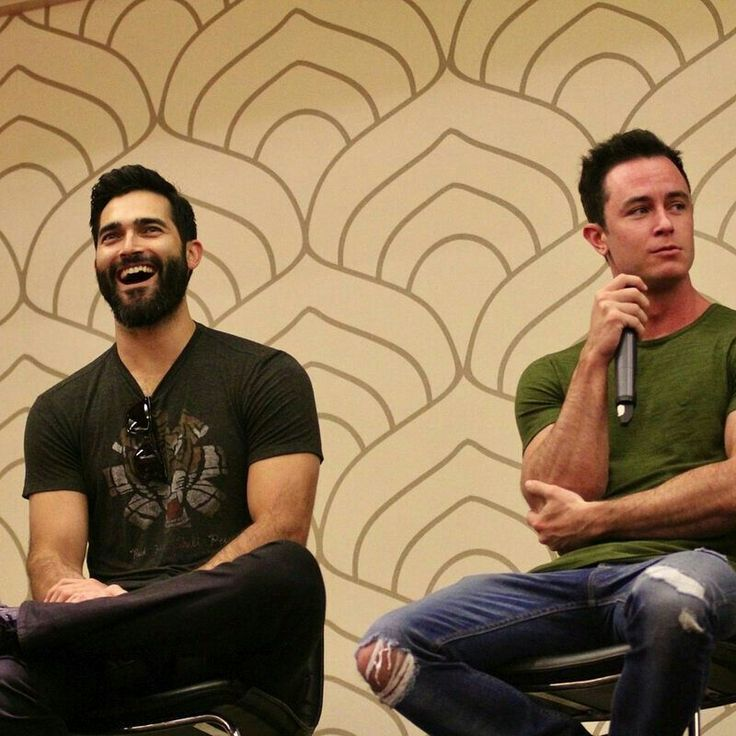 Ryan Kelley and Tyler Hoechiln why you gotta be so hot
