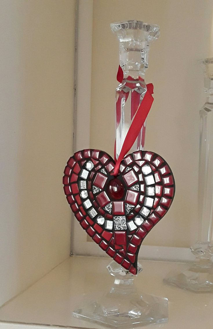"Hanging heart mosaic available from my Etsy shop "" mosaicsbyjat """