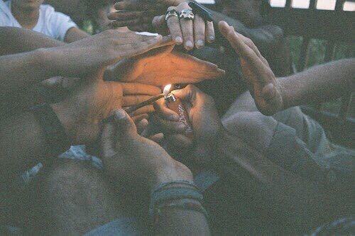 The struggle is real. Follow  @smoakpipe  #smoketrees #joints #reddit #ganjagirls #struggleisreal #weedstagram #ganjapreneur #pineapple #express #hash #rosin #blunt #bluntblowin #bluntculture #nugs #nugporn #nugstagram  #rollup #litty #lean #chiefkeef #california #nugstagram #ganjagirl #ganja #rollup #burnone #bluntlife #thc #marijuana #gas