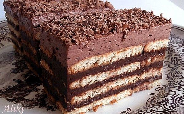 Μυρωδιές και νοστιμιές: Τούρτα Μπισκότο με σοκολάτα