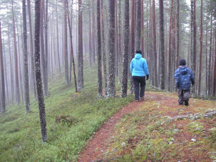 Nice morning walk in Suomussalmi, near the Russian border in eastern Finland with family.