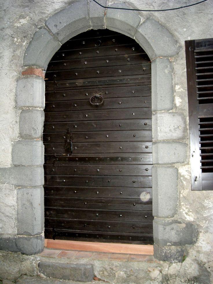 19 best Portes de garage et portails Garage doors and gates images - etancheite porte d entree