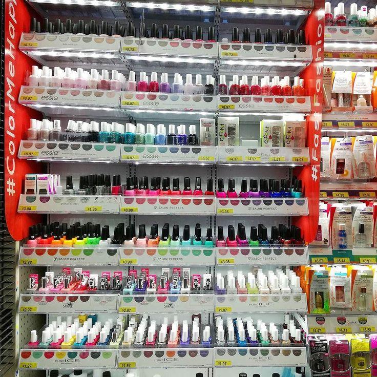 #nails #nailart #beautifulnails #funnails #ногти #маникюр #красивыеногти  А что у нас с лаками? А с лаками у нас полный грусть и печаль ибо курс 60-сколько-то помноженный на 9$ за Essie или OPI делает их на их же исторической родине  дороже для нас чем в России. Но конечно это цены в Walmart. Есть вероятность того что можно найти спец.магазины с более низкими ценами но это надо искать.  Так что все у нас ок покупаем дома и не жалуемся)) #небылимынинакакомтаити #насиздесьнеплохокормят
