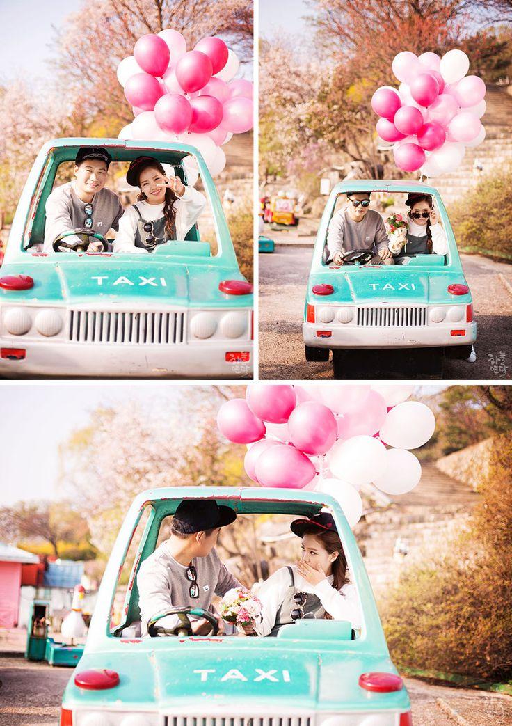 Korean wedding photography: casual date photo shoot at Yongma Land theme park in Seoul.