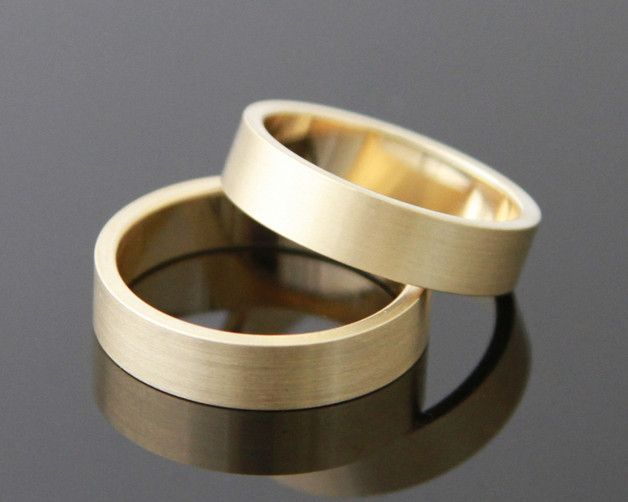 Eheringe - Trauringe LINEAR Gold 333 - ein Designerstück von mein-Lieblingsring bei DaWanda