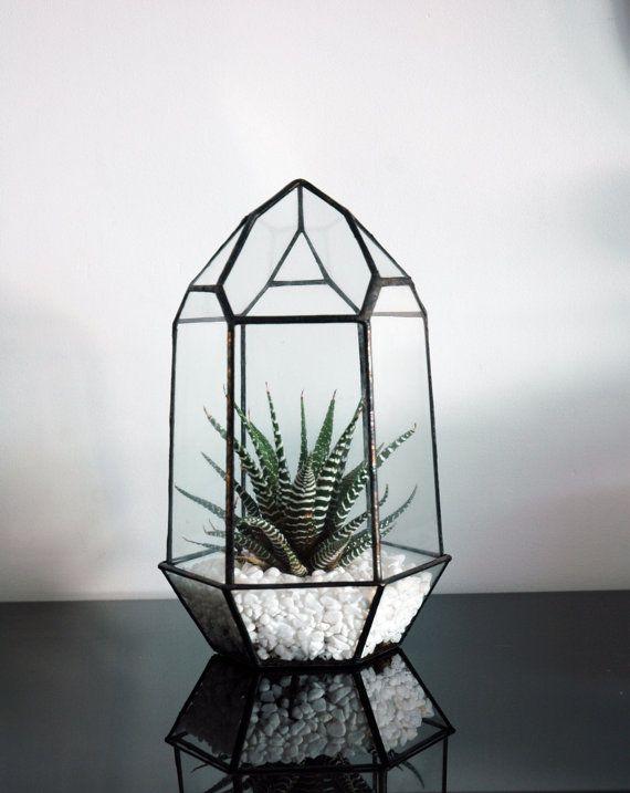 Small Geometric Glass Terrarium / Crystal Terrarium / Quartz / Mordern Glass Planter / Stained Glass Terrarium