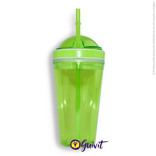 Green Plastic Cup with Straws and Squeezers (Copo de Plástico Verde com Canudo e Espremedor)