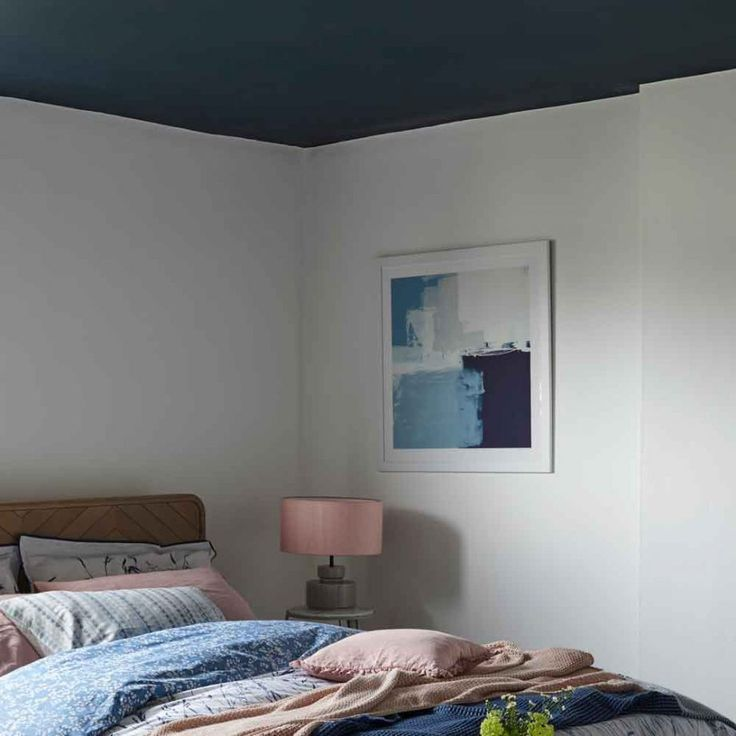 Best Colours That Go With Grey – From Blush Pink To Navy Blue 400 x 300