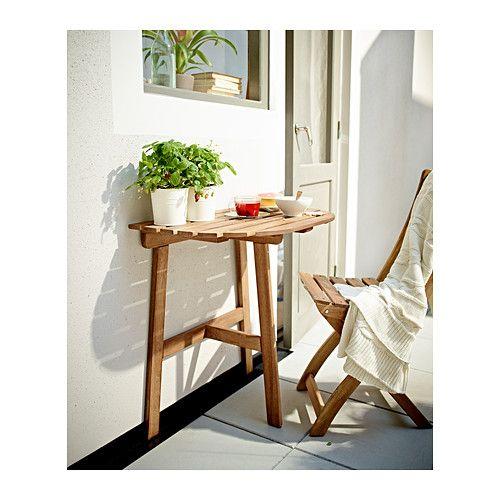 ASKHOLMEN Fällbart bord IKEA Utnyttja utrymmet på din lilla uteplats maximalt genom att fästa detta bord i väggen eller i balkongräcket.