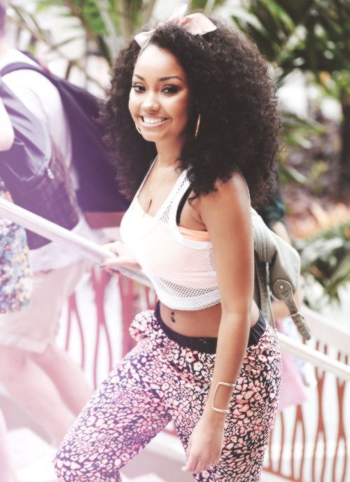 Leigh Anne :) this was at mixers miami I was there! credit to whoever took this photo
