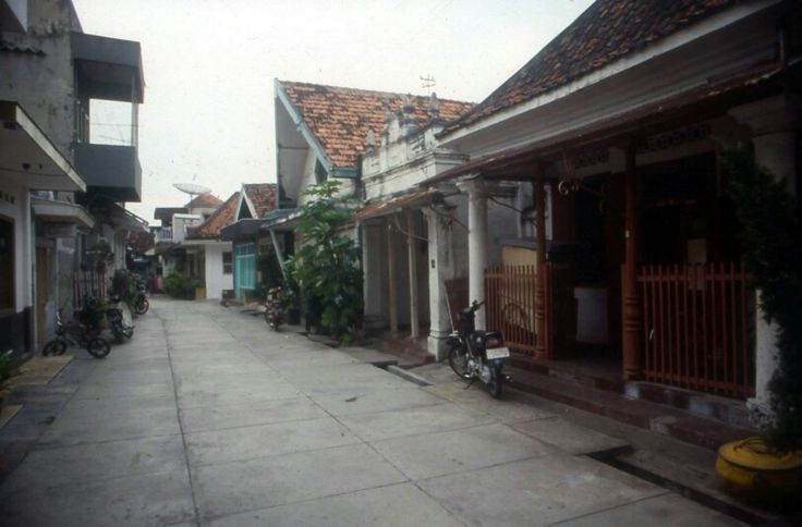 kawasan sejarah (jl. Maspati surabaya)