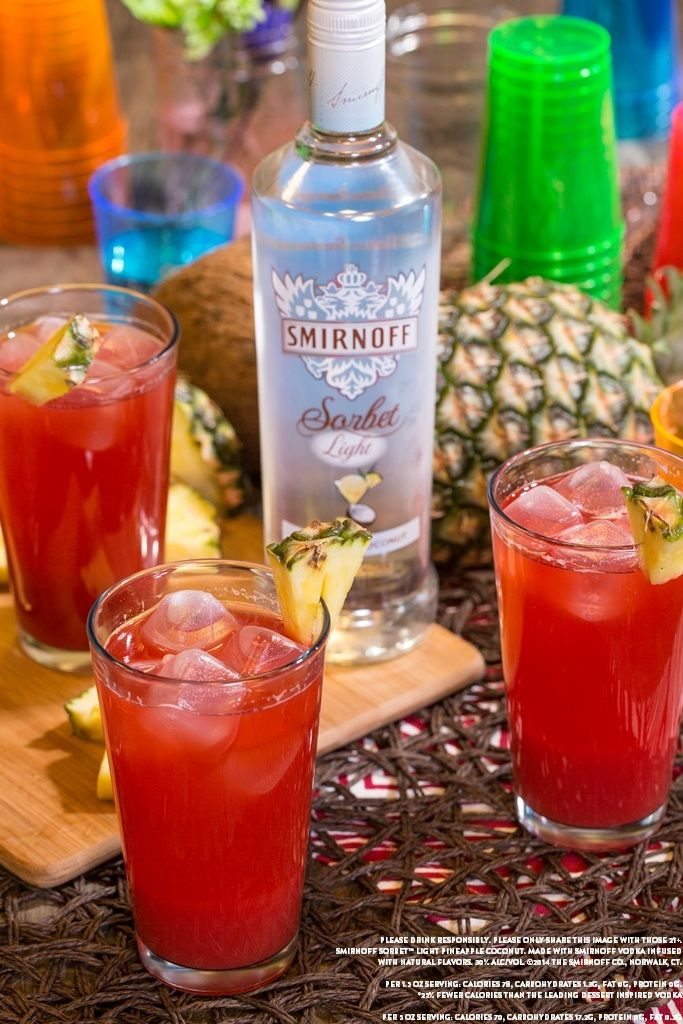 Smirnoff sorbet light pineapple coconut cocktail shaker for Best alcohol to mix with cranberry juice