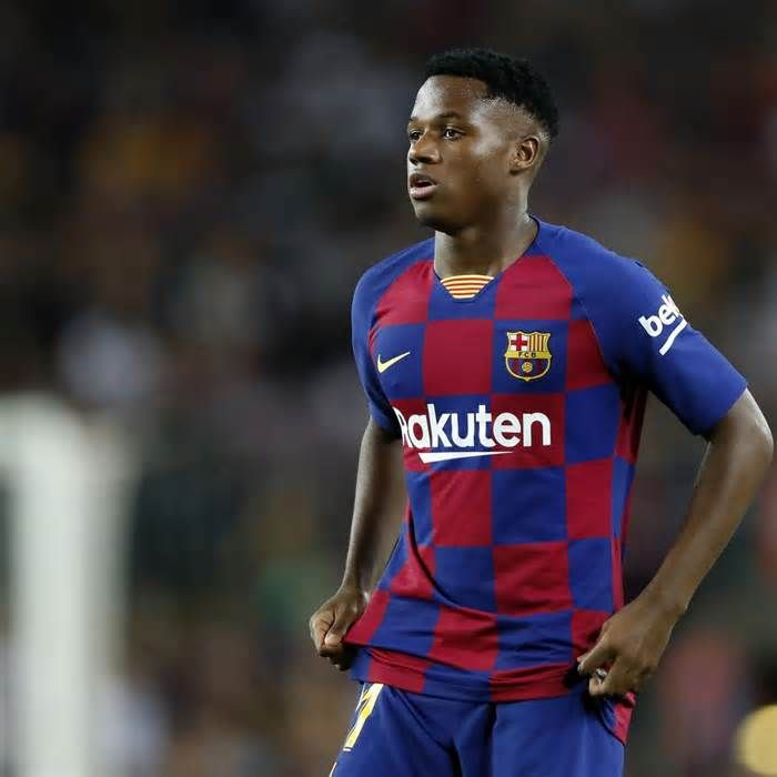 Report Ansu Fati To Be Offered New Contract At Barcelona With 88m Release Fee Get The Latest News For Barcelona Inside Pinteres Jogadores De Futebol Futebol