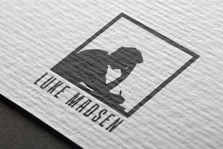Logo design produced for an up and coming freelance writer.