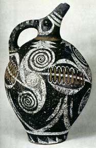 Brocca con decorazioni stilizzate, stile Kamares (Medio Minoico II).