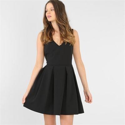 Avec Maman ?  Pimkie.fr : La robe noire fait figure d'essentiel dans le dressing chic féminin.