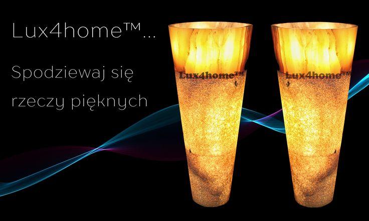 Umywalki z onyksu od Lux4home™.  Więcej na www.Lux4home.com