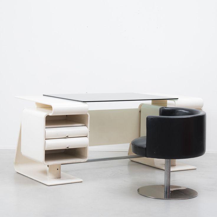 Italian Postmodern Lacquered Wood Desk and Black Vinyl Upholstered Chair 1970s