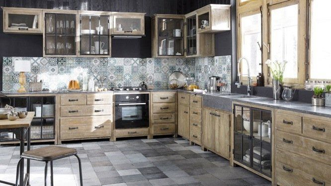 esprit atelier dans la cuisine meuble bois brut credence carreau de ciment et meuble bois. Black Bedroom Furniture Sets. Home Design Ideas