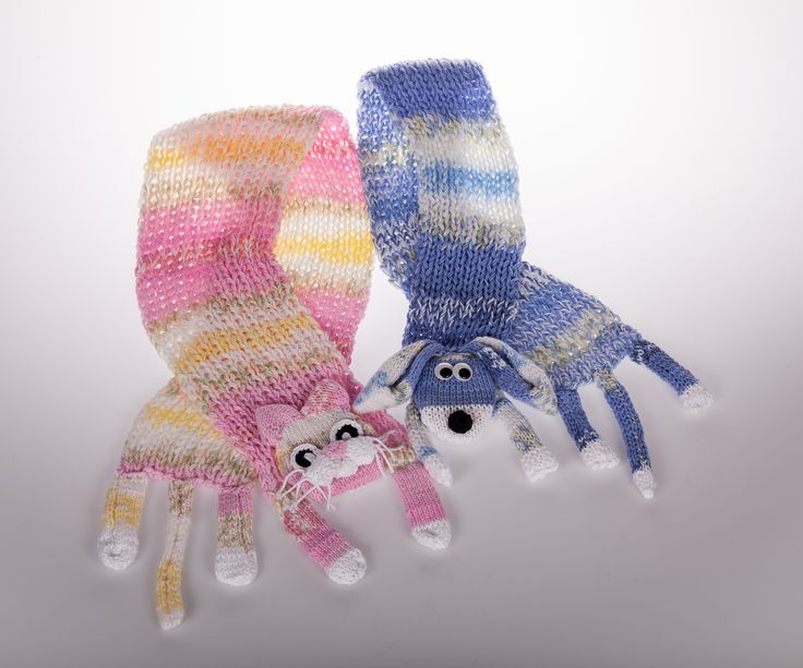 #novitaknits #kaulahuivi #scarf #handwork #kutominen #knitting #kissahuivi #koirahuivi #koukkujapuikko #hookandneedle