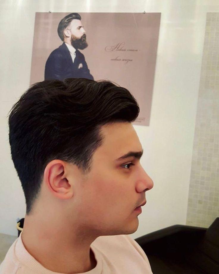 Мы ценим каждого гостя и предлагаем лучший сервис ☝����Все процедуры для мужчин в @continent_spa проходят в мужском VIP-зале ❗️ Классическая мужская многослойная стрижка ����♂️от нашего стилиста Ольги Мнищенко ������ #центркрасотыконтинент #i❤️continent #manicure #makeup #камуфлированиеседины #hair #hairstyle #седина #osteopathy #cover5 #стрижкаволос #cosmetology #седыеволосы #маникюр #маникюрхарьков #педикюр #парикмахер #укладкаволос #прическа #остеопатия #массаж #мужскаястрижка…