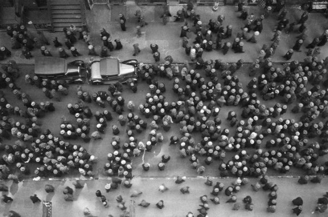 We talk fashion: A photograph taken from the top of a building in New York, 1939. It was all about the hats.