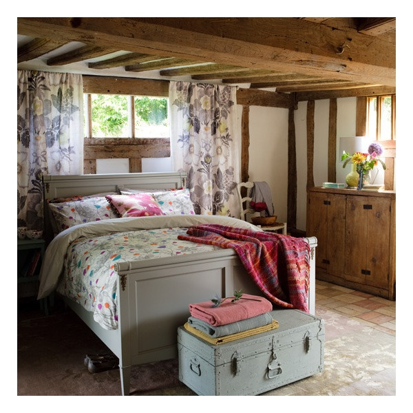 Adorable cosy country bedroom I want