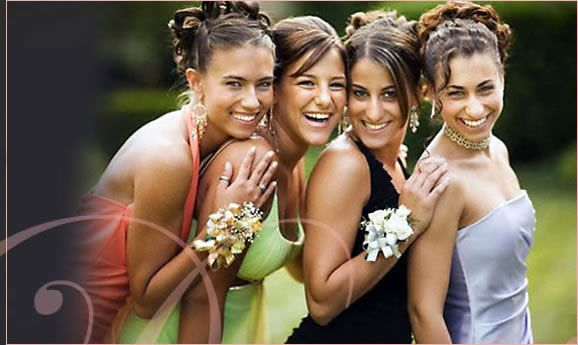 cute prom photo pose of girls - grand daughter's prom is coming up!