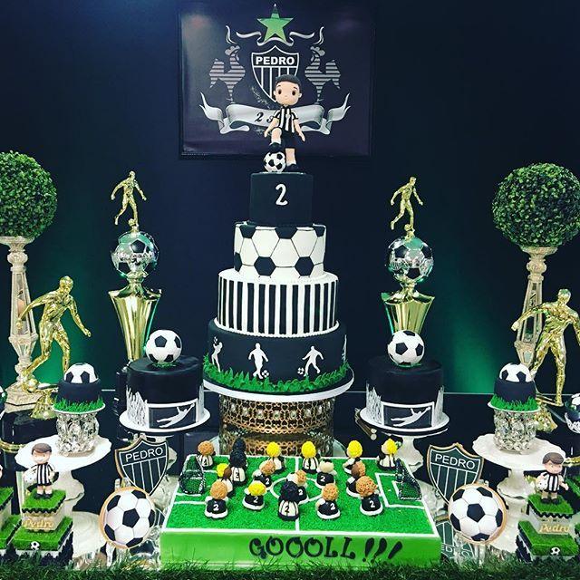 Resultado de imagen para festa infantil do futebol tortas pinterest real madrid soccer - Real madrid decorations ...