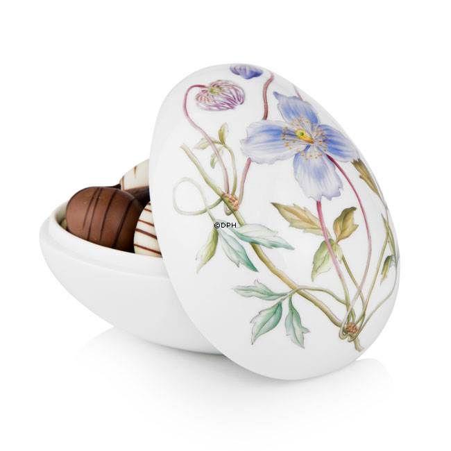 Easter egg, bonbonniere lying with clematis, Royal Copenhagen Easter Egg 2014