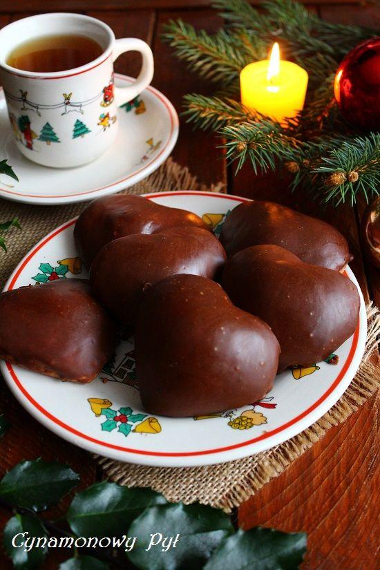 Mięciutkie , nadziewane pierniczki w czekoladzie