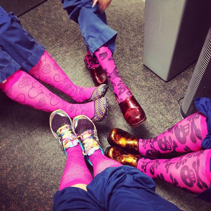 Hot pink, totally awesome compression socks for nurses who stand all day?  Ummm YES PLEASE!  pod-sox.com