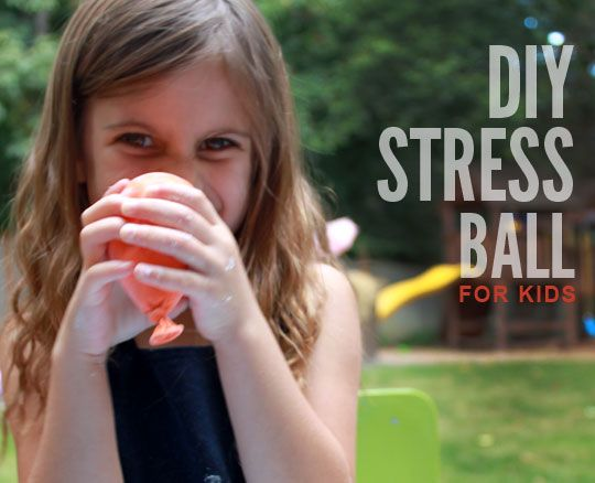 DIY stress/sensory ball for kids - might give their hands something to hold and fiddle with during homeschool reading, etc...
